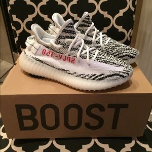 Men's Adidas Yeezy Boost 350 V2 Size 7 Brand NEW